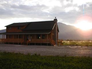 King Mountain Bed and Breakfast -Price is per room, Moore