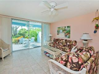 SILVER SANDS CONDOS-UNIT #37-STEPS FROM THE OCEAN, Seven Mile Beach