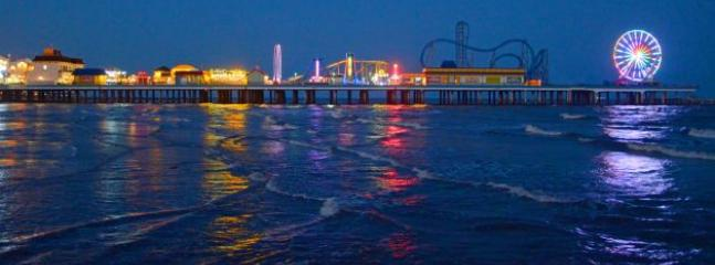 CLOSE TO PLEASURE PIER