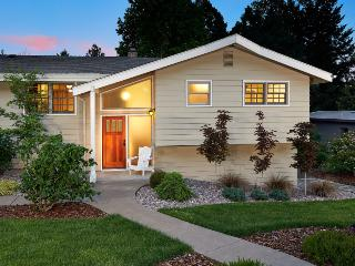 Fernwood Circle Guest House - Willamette Valley vacation rentals