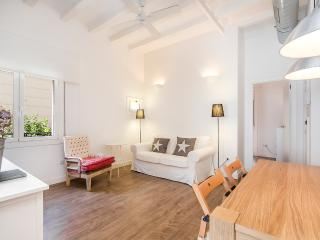 Nice & Cute Apartment in Poblenou, Barcelona