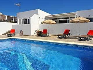 Casita Canaria & Studio with private heated pool, Sea Views, La Asomada