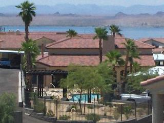 Gated Community Newer Condo Lake View Jacuzzi Pool, Lake Havasu City