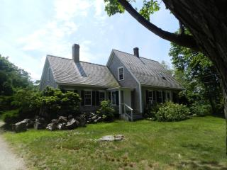 #100022 Majestic antique West Tisbury Farm House