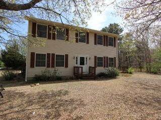 #8091 Colonial Home In Private Setting With Large Deck, Oak Bluffs