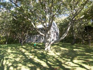 #10006 Prime waterfront Martha's Vineyard vacation Rental, West Tisbury