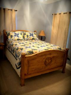 The Blue Room. Queen Bed. A cozy, country feel.