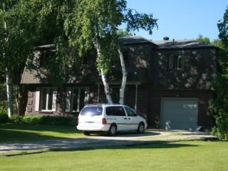 Year-Round Vacation Home with Pool, Georgian Bay - Meaford vacation rentals