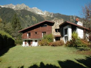 Apartment in chalet in Chamonix-Mont-Blanc - 4 people