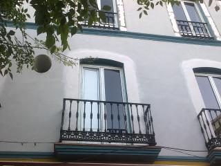 Modern apartment in the Alameda de Hércules, Sevilla