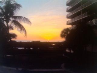 Ideally situated beachfront condo w/ heated pool & two separate balconies, Marco Island