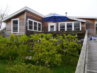 Fire Island Cottage-3Bed2Bath, Fair Harbor