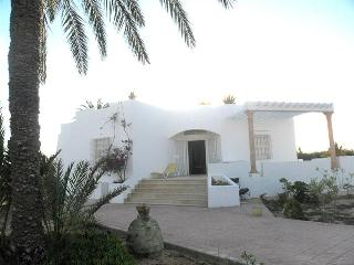 Djerba, villa for 6 front sea, Djerba Island