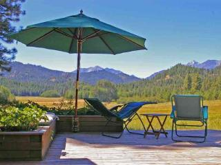 Spectacular Camas Meadows Eco-Lodge, Leavenworth