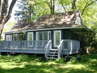 Country Bumpkin - Summer rentals begin or end on Sunday, South Haven
