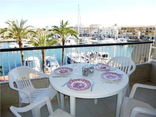Apartment for 5 persons in Empuriabrava - Catalonia vacation rentals