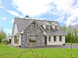 COIS CHLAIR, pets welcome, multi-fuel stove, en-suite facilities, near Ardrahan and Gort, Ref. 25884
