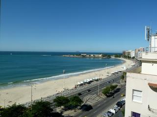 RioBeachRentals - Studio with Awesome Ocean View! - Copacabana vacation rentals