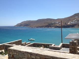 PRIVATE HOUSE (4 BEDROOMS) WITH SEA VIEW, Kalo Livadi