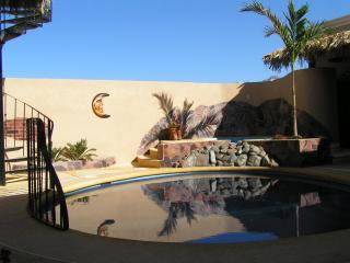 Pool, Jacuzzi &100yds from the beach,3 bed/bath,, San Carlos