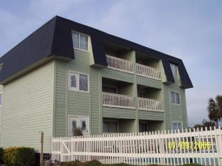 Oceanside Villa #201, Isle of Palms