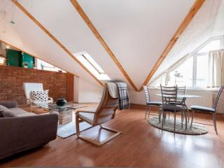 Beautiful Air-Conditioned Loft Apartment in Budapest, Budapeste