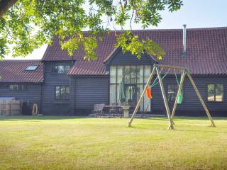 DairyHall Luxury Self Catering Woodbridge Suffolk - Woodbridge vacation rentals