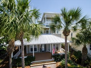 Sunset House - Close to beaches, shops and dining., Destin