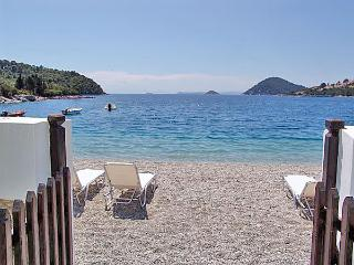 Psarrianos Beach Apartments, Skopelos