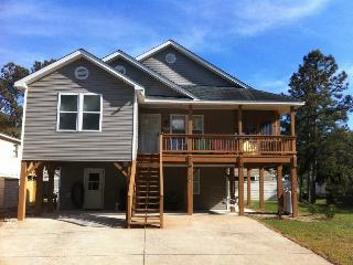 Beach House for weekly rental -  Sleeps 10, Pool, Kill Devil Hills