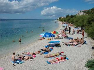 Apartments 50m to the beach, 15km to Split, Dugi Rat