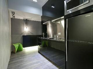 Spacious Studio in Hong Kong for Monthly Rent