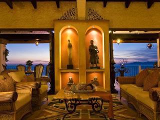 Unbelievable Beautifuly Decorated Condo with Spectacular Views, Puerto Vallarta