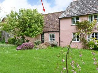 THE STABLES, annexe, ideal for couples, private garden, in Blagdon Hill, near Taunton, Ref 20549 - Taunton vacation rentals