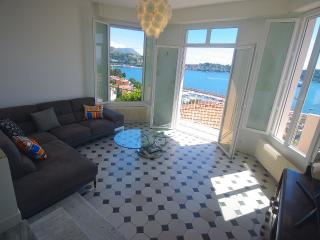 Gorgeous Villa apartment + Sweeping Sea View - Beaulieu-sur-mer vacation rentals
