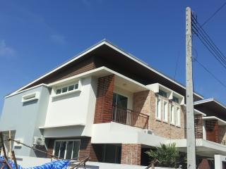 3 Bedrooms 3 Bathrooms New Modern House for Rent, Rawai