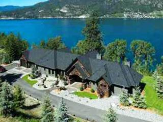 LUXURY LAKE HOME EXCELLENT LOCATION STUNNING VIEWS, Kelowna