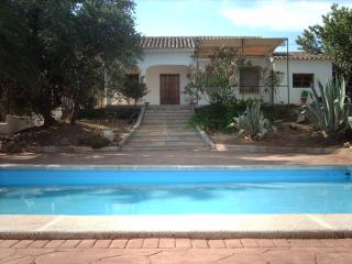 Lovely House in Iznajar, private pool.