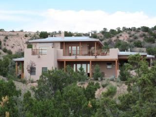 Contemporary upscale house with amazing views, Santa Fe