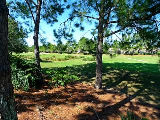 South Beach Villa (South3098s) - Large Corner Lot Overlooking Fairway, Haines City