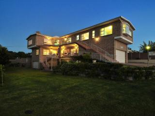 Adagio Luxury Self Catering - Whale Apartment., Stilbaai