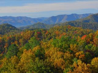Peak Fall spectacular view from the cabin's balcony