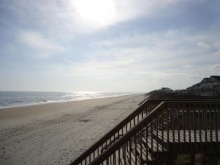 New Horizon located in Surf City on Topsail Island