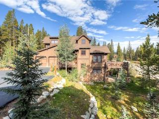 Conveniently Located Breckenridge 4 Bedroom Walk to lift - CP44