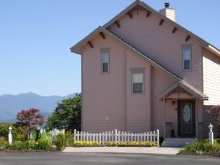 $395 weekly fall Special Incredible View with Pool, Gatlinburg