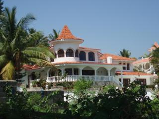 Three Bedroom 5 Star Crown Villa with Private Pool, Puerto Plata