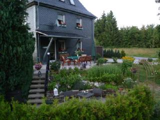 Vacation Home in Judenbach - 775 sqft, quiet, sunny, central (# 3937) - Sonneberg vacation rentals