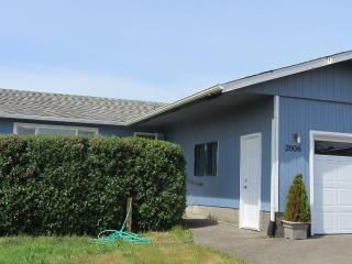 Family friendly beach home.  Clipper by the Sea, Waldport