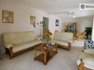 Sungold House, Heywoods, St. Peter-2 bedroom apt - Gibbs vacation rentals