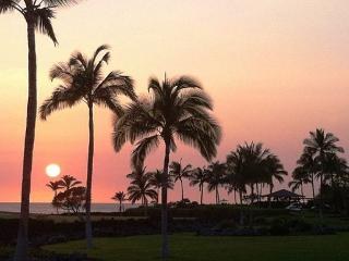 Hali'i Kai 10E - Ocean, Golf & Sunset Views, Close to Pool, Waikoloa